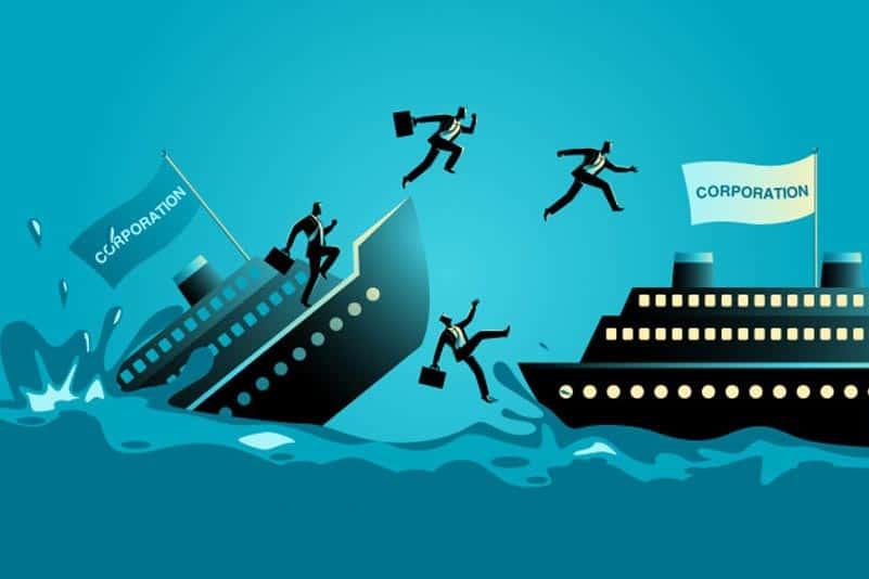 ilustração de navio afundando representando os erros