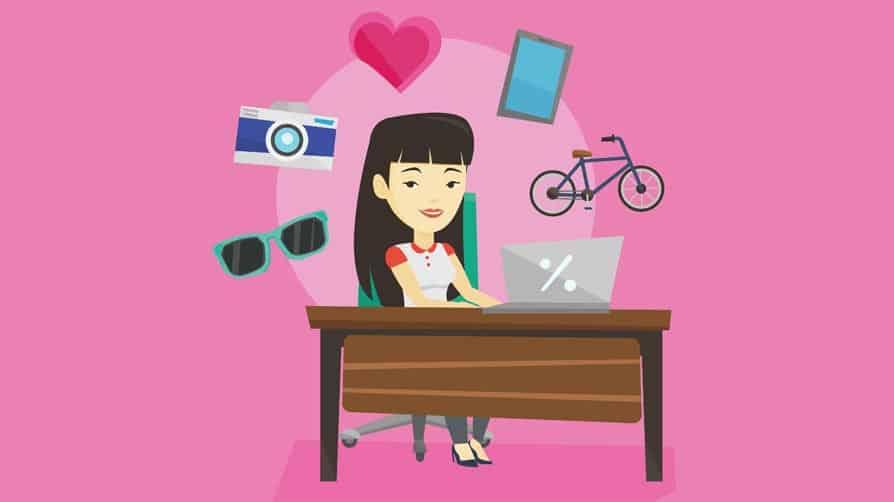 cliente escolhendo produto em e-commerce